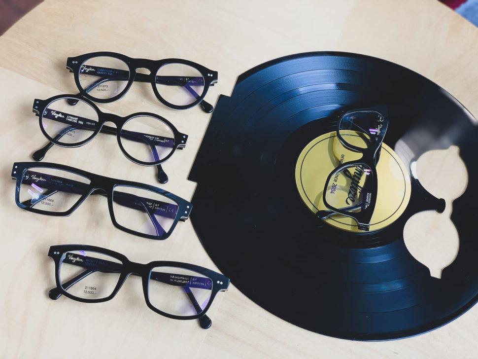 Černé vinylové brýle Vinylize