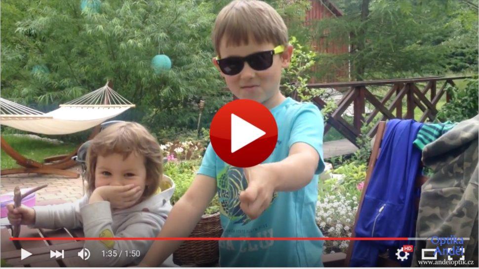 Video náhled dětské brýle
